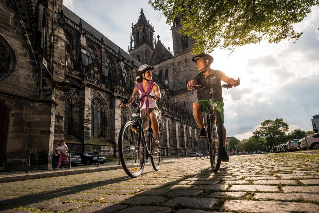 Interner Link: Fahrrad-Architektour »Links und rechts der Elbe«