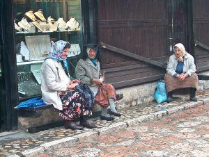 Bosnierinnen im Gespräch