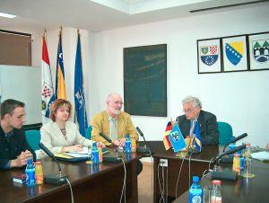 Gespräch im Rathaus von Sarajevo