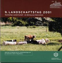 K�he befinden sich liegend oder stehend auf einer Weide im �berflutungsgebiet der Elbe an der Kreuzhorst, N�he Randau