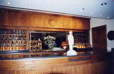 Blick auf eine Bar