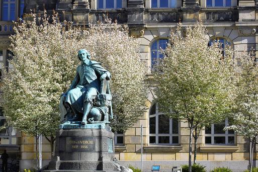 Otto-von-Guericke-Denkmal