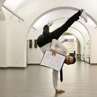Breakdanceformation »Da Rookies« im Kaiserin-Adelheid-Foyer