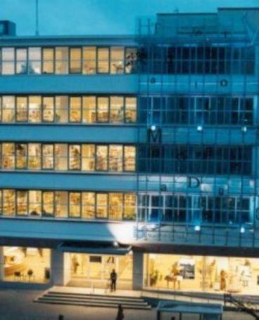 Glasansicht der Stadtbibliothek