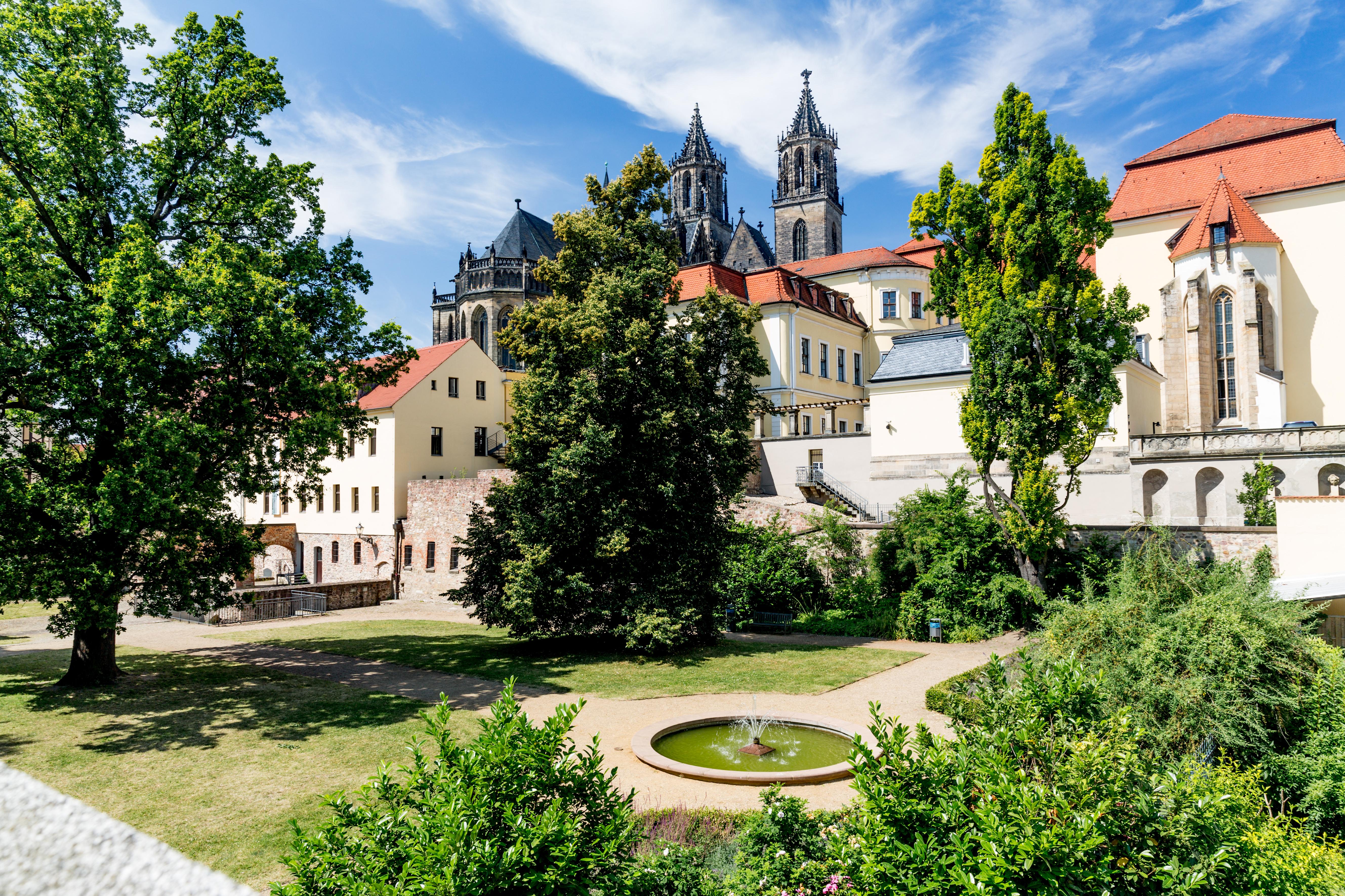 Möllenvogteigarten mit Magdeburger Dom © Andreas Lander
