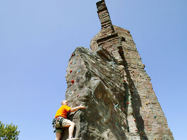 Kletterfelsen im Elbauenpark