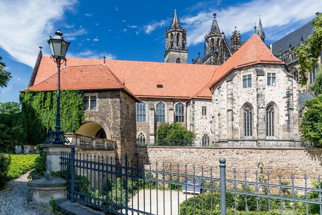 Magdeburger Dom mit Remtergang©www.AndreasLander (1)