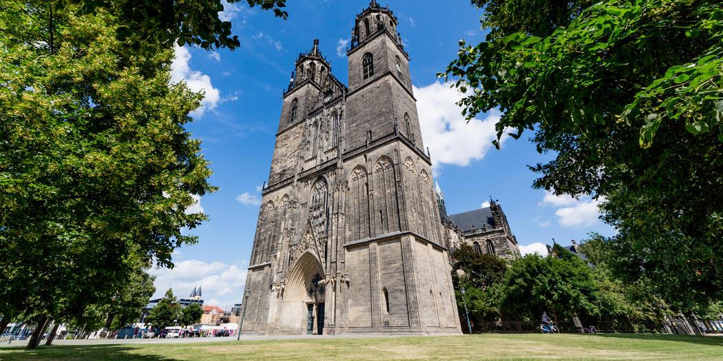 2.2 Magdeburger Dom Westfront©www.AndreasLander.de