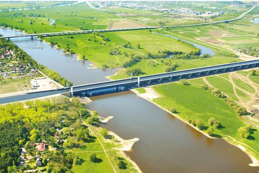 Kanalbrücke © W. Klapper